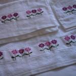 çıtır çiçekli kanaviçe havlu