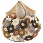 çiçek çiçek kahverengi örgü çanta modeli