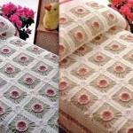 örgü motifli çiçek desednli şık yatak örtüsü