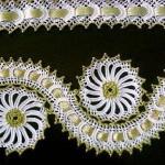 altın yaldız işlemeli havlu kenarı örneği