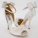 beyaz çiçekli gelin ayakkabı tasarımı
