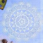 beyaz dantel tığ işi örtü modeli