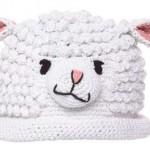 beyaz kuzulu bebek şapkası modeli