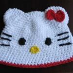 beyaz panda desenli şapka model