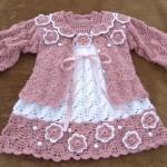 elbiseli pembe örgü kız beebk hırkası modeli