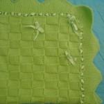 fıstık yeşili kırdelelei bebek battaniyesi modeli