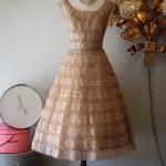 farklı dantel abiye elbise örneği