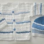 floş mavi beyaz kız bebek hırka ve şapka örnekleri
