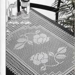 gül desenli dantel kare masa örtüsü modeli