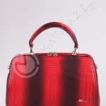 kırmızı çanta modeli