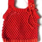 kırmızı çiçekli örgü bebek bluzu modeli