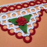 kırmızı çiçekli halkalı havlu kenarı