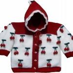 kırmızı beyaz kirazlı kapşonlu örgü kız bebek hırkası modeli