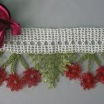 kırmızı kirazlı havlu kenarı modeli