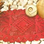 kırmızı oval dantel örtü dizayn