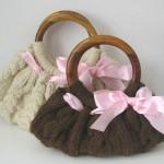 kahverengi krem pembe kurdeleli örgü çanta modeli