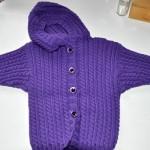 kapşonlu erkek bebek hırkası modeli