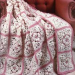 kare motif motif örgü koltuk örtüsü modeli