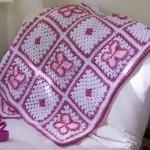 kelebek desenli koyu pembe bebek battaniyesi modeli