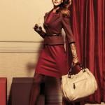 kiremit renkli elbise ve açık kahve ceket modeli