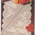 kranfil desenli kare masa örtüsü modeli