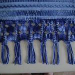 mavi ebrulü boncuklu havlu kenarı dizayn