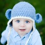 mavi kulaklı bebek şapka modeli