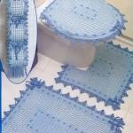 mavi renkli dantel klozet takımı modeli