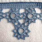 mavi yıldızlı halkalı havlu kenarı
