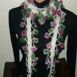 mor pembe çiçekli fular modeli