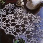 motiflerle yapılmış şık kondol örtüsü
