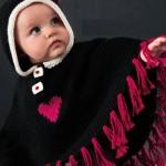 püsküllü kırmızı kalpli bebek pançosu modeli