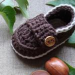 patlıcan moru düğmeli bebek patik modeli