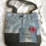 pembe çiçekli kot kol çantası modeli