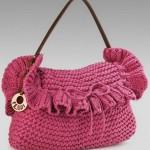 pembe deri kulplu örgü el çantası modeli