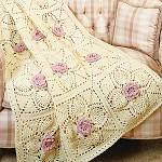 pembe güllü krem rengi örgü koltuk örtüsü modeli