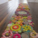 ponponlu çiçekli halat kilim modeli