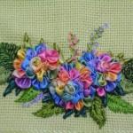 rengarenk çiçekli kurdela nakışı havlular