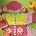 renkli şapkalı örgü kız bebek hırkası modeli