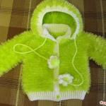 sakallı ipten fıstık yeşili kapişonlu çocuk hırkası