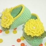 sarı yeşil şık örgü bebek ayakkabısı