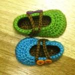 tığ işi bebek ayakkabıları