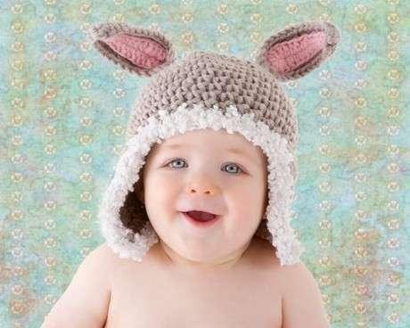 tavşan kulaklı bebek şapka modeli