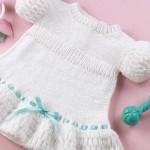 turkuaz kurdeleli beyaz bebek bluzu modeli