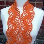 turuncu renkli çok şık fular modeli