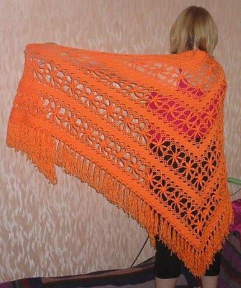 turuncu tığ işi üçgen şal