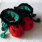 uğur böceği desenli örgü bebek patiği