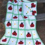 uğur böcekli bebek battaniyesi modeli