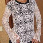 uzun kollu motifli dantel bluz