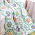 yeşil çiçek motifli bebek battaniyesi modeli